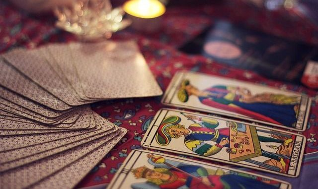 predecir el futuro con el tarot