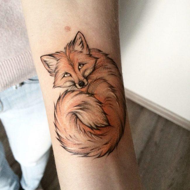 tatuajes de animales mujer brazo