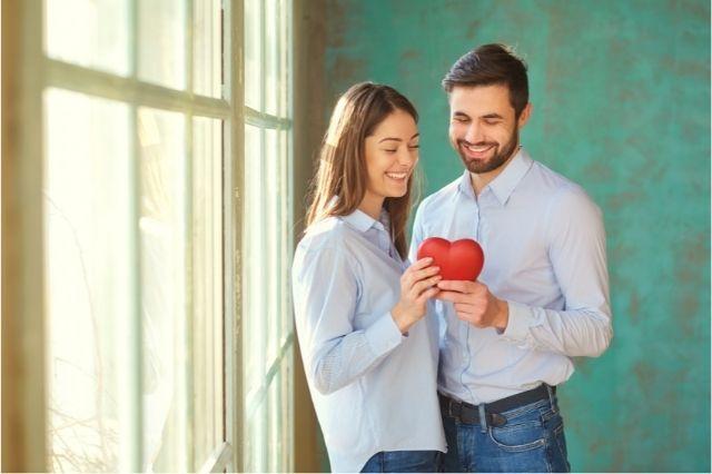 Consejo para enamorar a un hombre: hazle pensar que la relacion es idea suya